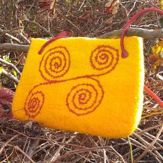 Sárga nemezelt táska