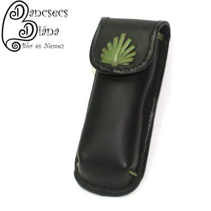 Fekete patentos tolltartó zöld levéllel